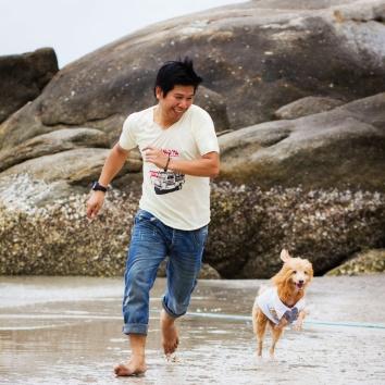 man_dog_running